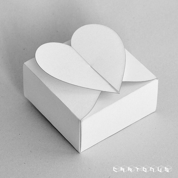 Gift carton Hearts 60x60x30 photo