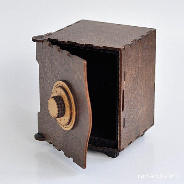 [Image: cartonus-lasercut-wood-safe2.jpg]